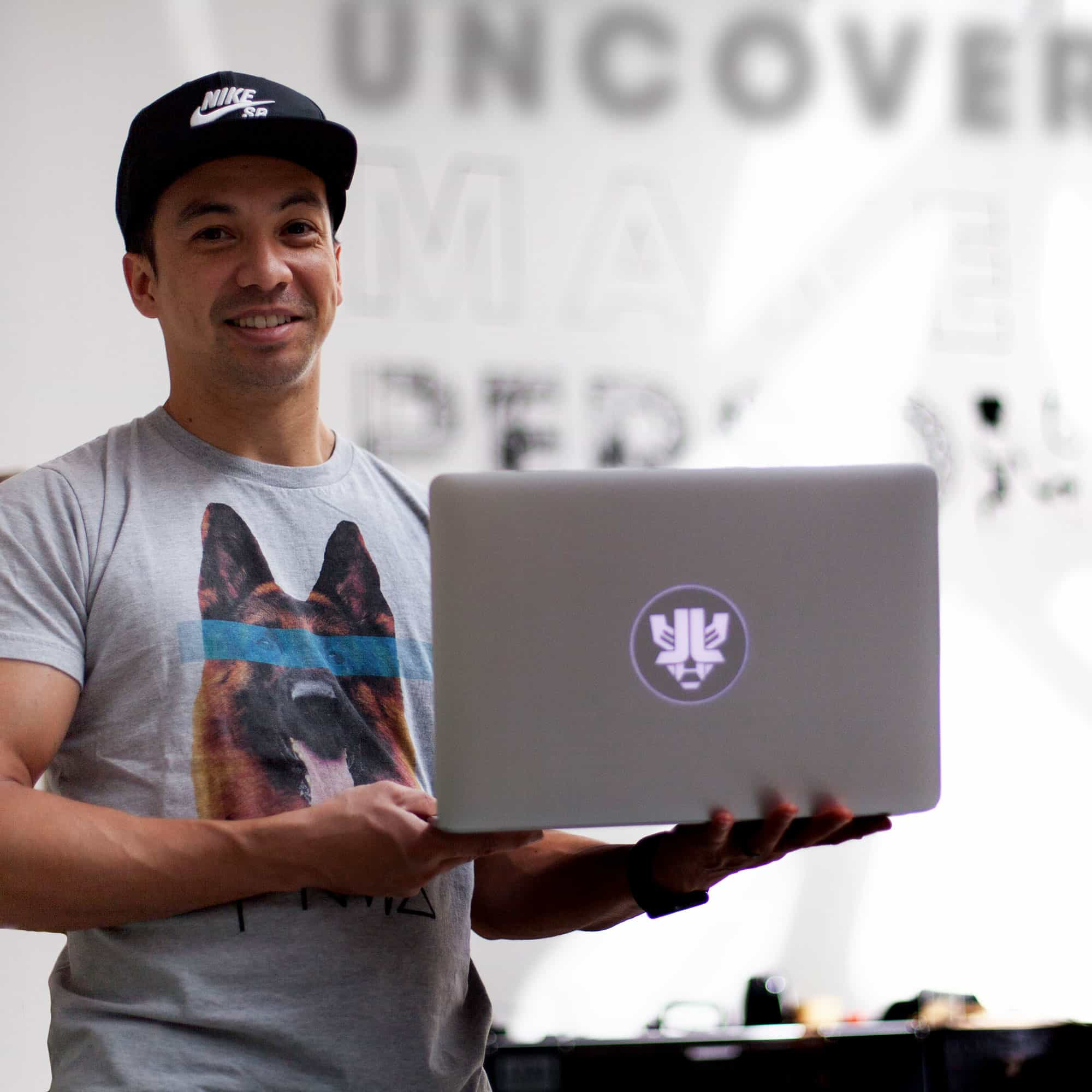 Custom Macbook Pro shell photo Laidback luke